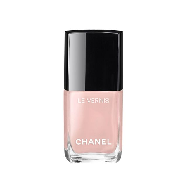 Chanel Les Vernis in Ballerina - nude nail polish