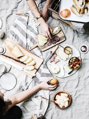 How to Be So Food-Cool Your Dinner Party Beats Dining Out