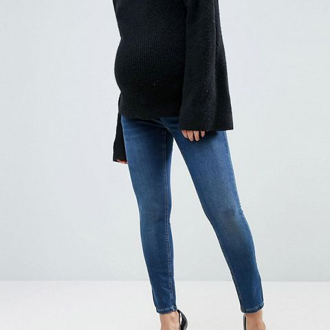 Petite Ridley Skinny Jean in Midwash With Over the Bump Waistband