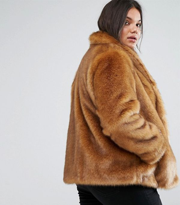 Coat in Vintage Faux Fur