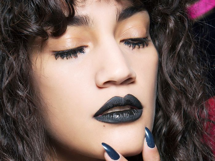 11 Stunningly Beauty Witch Makeup Ideas Byrdie