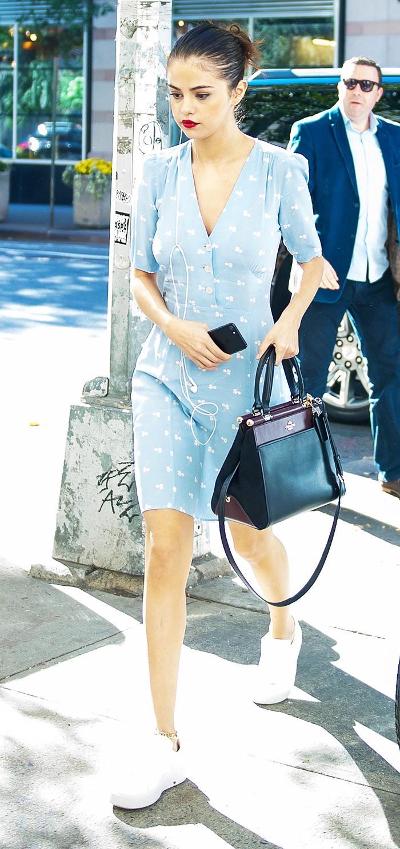 Selena Gomez Keeps Wearing Rouje Who What Wear Uk