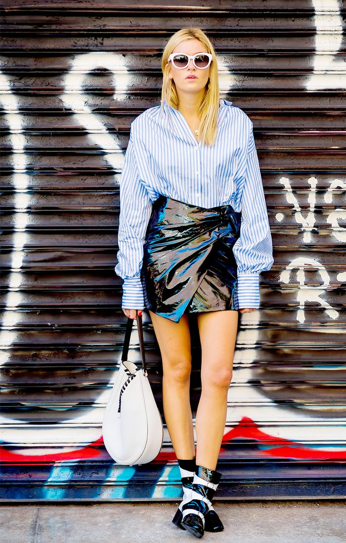 7fd936ebea6 23 Striped-Shirt Outfits to Wear on Repeat