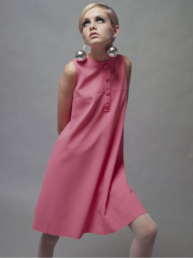'60s Fashion: Twiggy wears her iconic pink babydoll dress