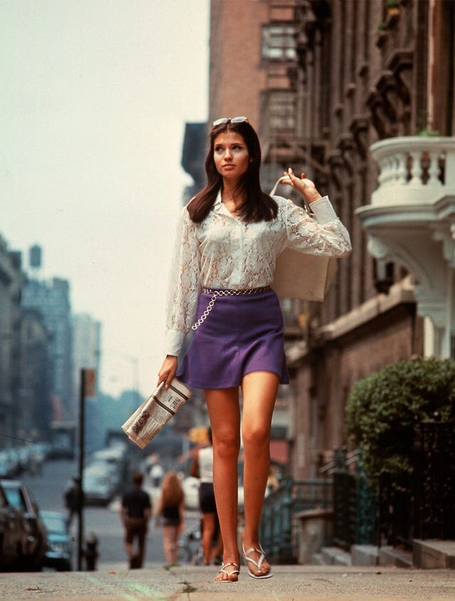 '60s Fashion: Miniskirts were born out of the '60s