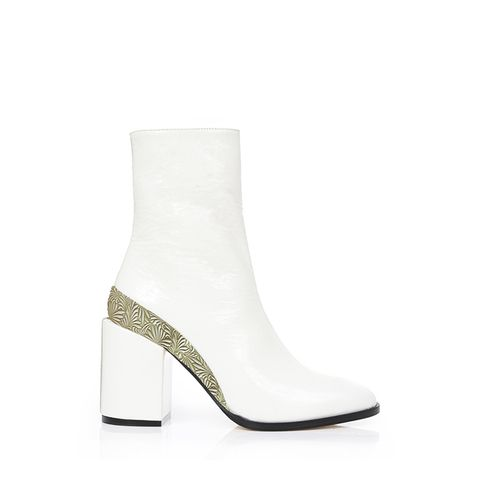 Spirit Boots in White