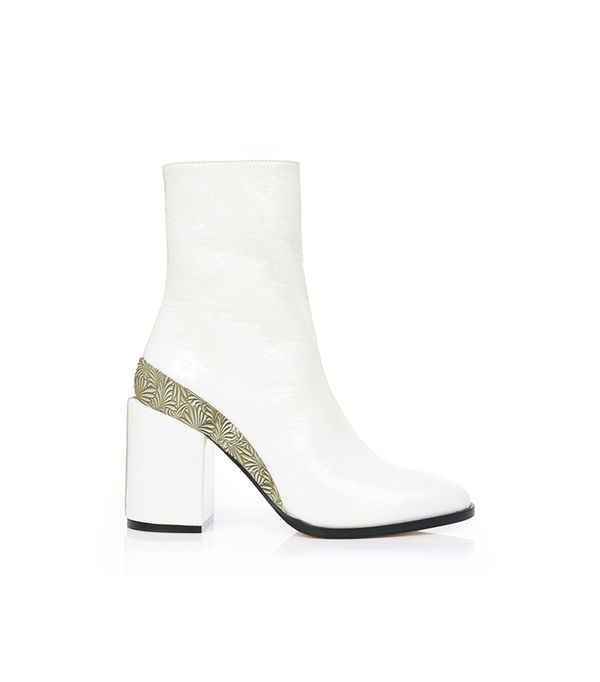 Dear Frances Spirit Boots in White