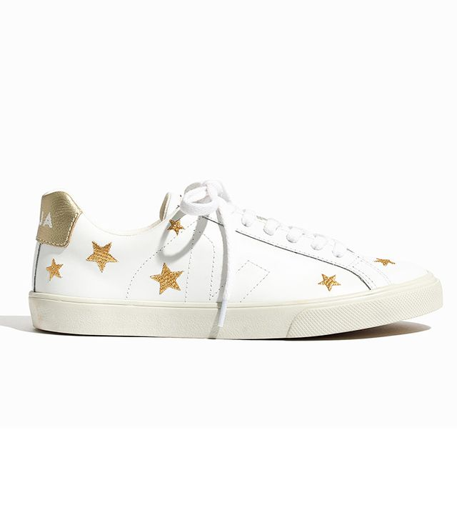 x Veja™ Esplar Low Sneakers in Embroidered Stars