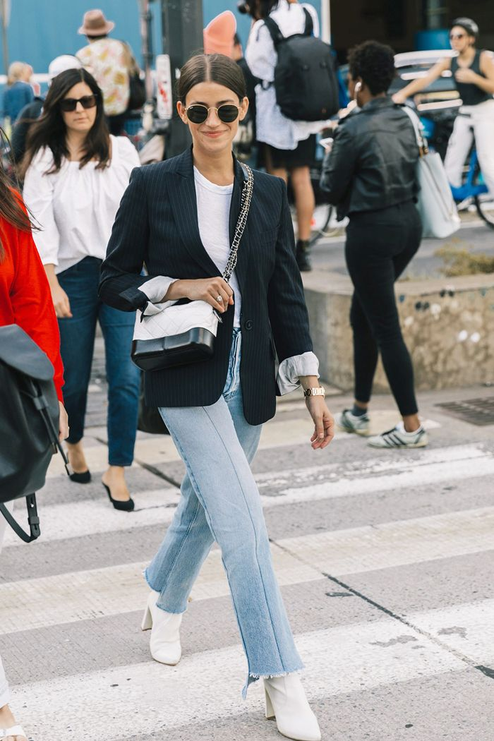 25 New Ways to Wear Mom Jeans