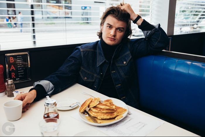 Stranger Things' Joe Keery's GQ Photo Shoot | Who What Wear