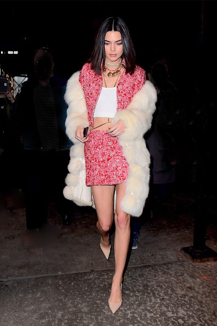Holiday Party Outfit Ideas Inspired By Kendall Jenner