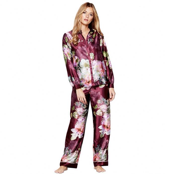 7cf1005313144 Christmas Pyjamas: 15 Fashion Girl–Approved Sets | Who What Wear UK