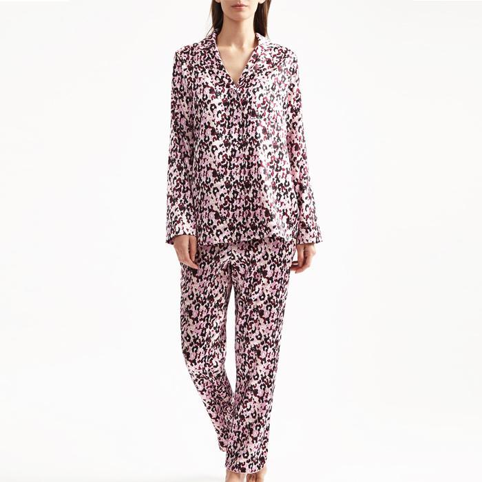 a5b51901d Christmas Pyjamas  15 Fashion Girl–Approved Sets