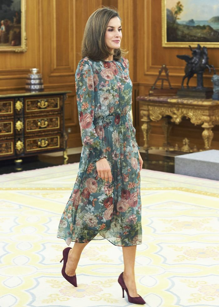 Queen Letizia S Best Zara Outfits Who What Wear
