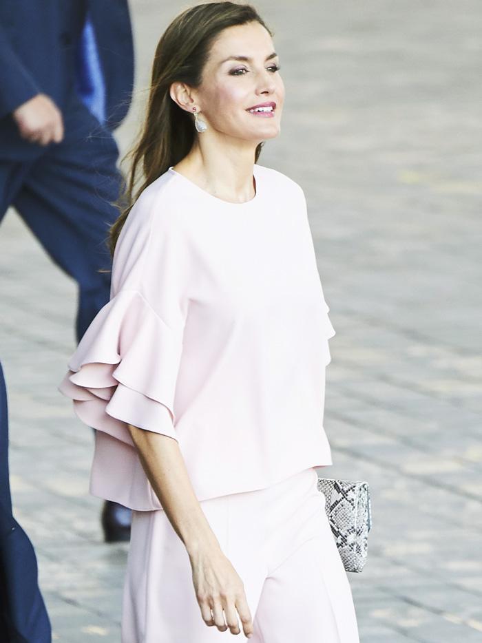 587a6445b Queen Letizia's Best Zara Outfits | Who What Wear