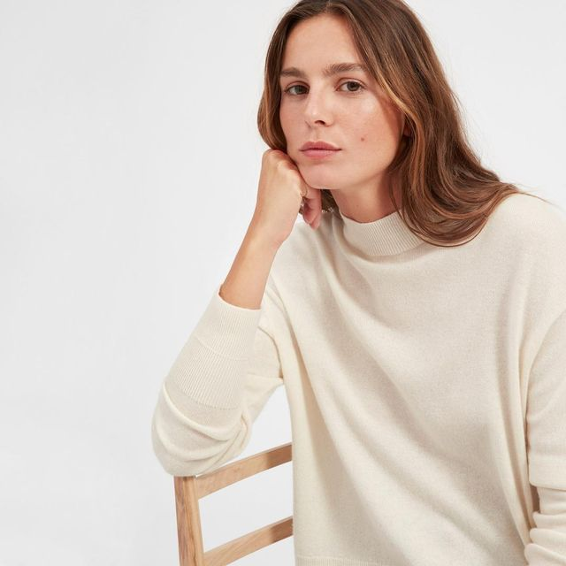 Women's Cashmere Crop Mockneck Sweater by Everlane in Ivory, Size XL