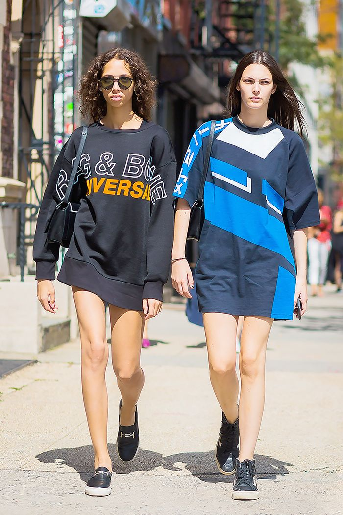 31adb576 How to Wear an Oversize T-Shirt | Who What Wear