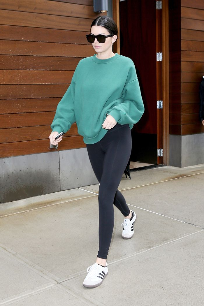 8c5cec9be7b2d How to Wear Leggings the Chic Way in 2019 | Who What Wear