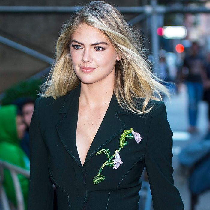 Kate Upton Wedding: Celebrity Style And Fashion Trend Coverage