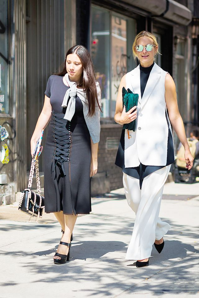 black and navy outfits street style
