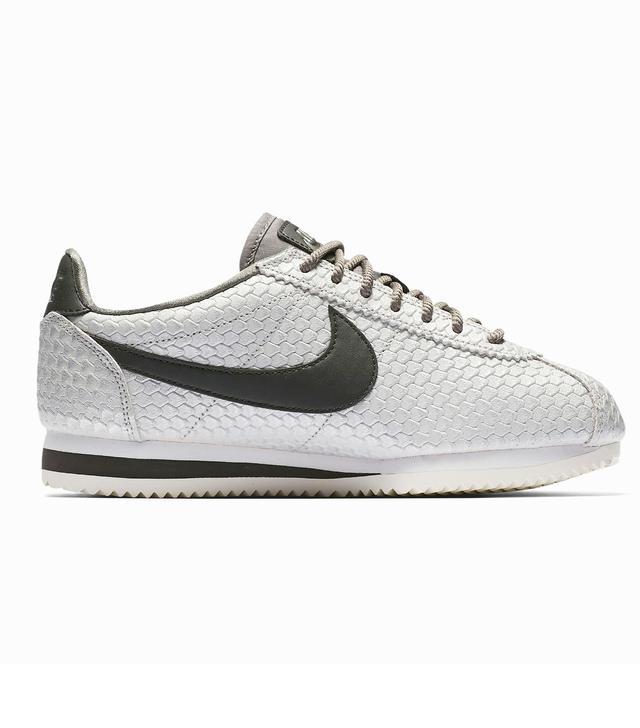 Nike Cortez SE Sneakers