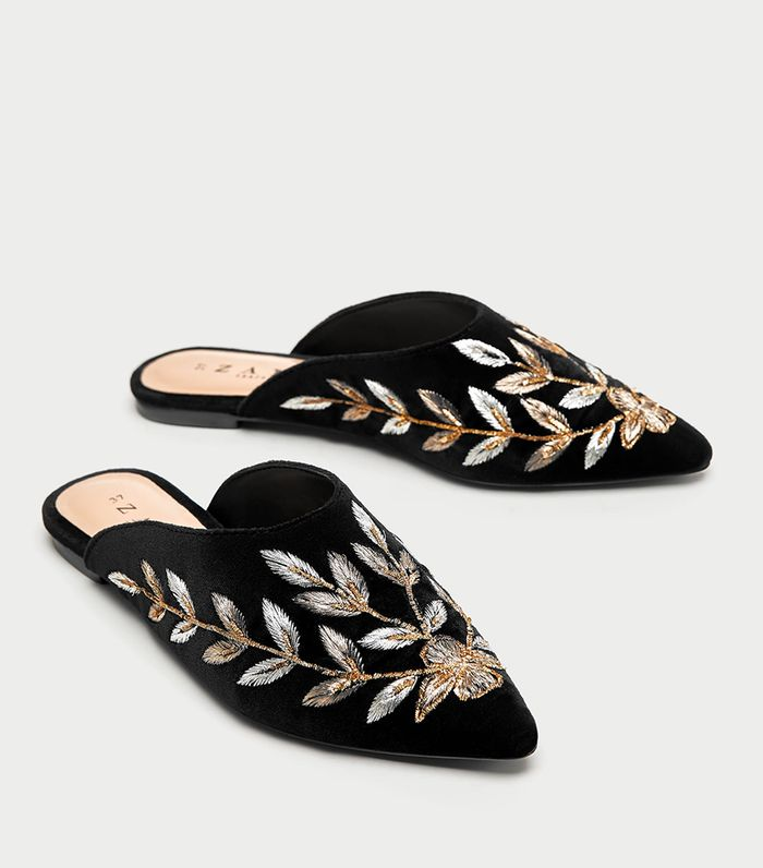 5106188c1313 The Zara Shoes That Look Best With Jeans