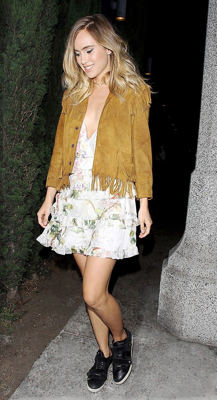 Going Out Outfits With Flats How Celebs Don T Do Heels