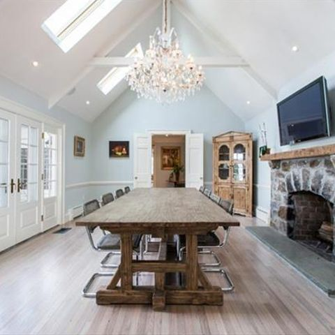 Step Inside Anne Hathaway's Gorgeous $4M Beachside Connecticut Home
