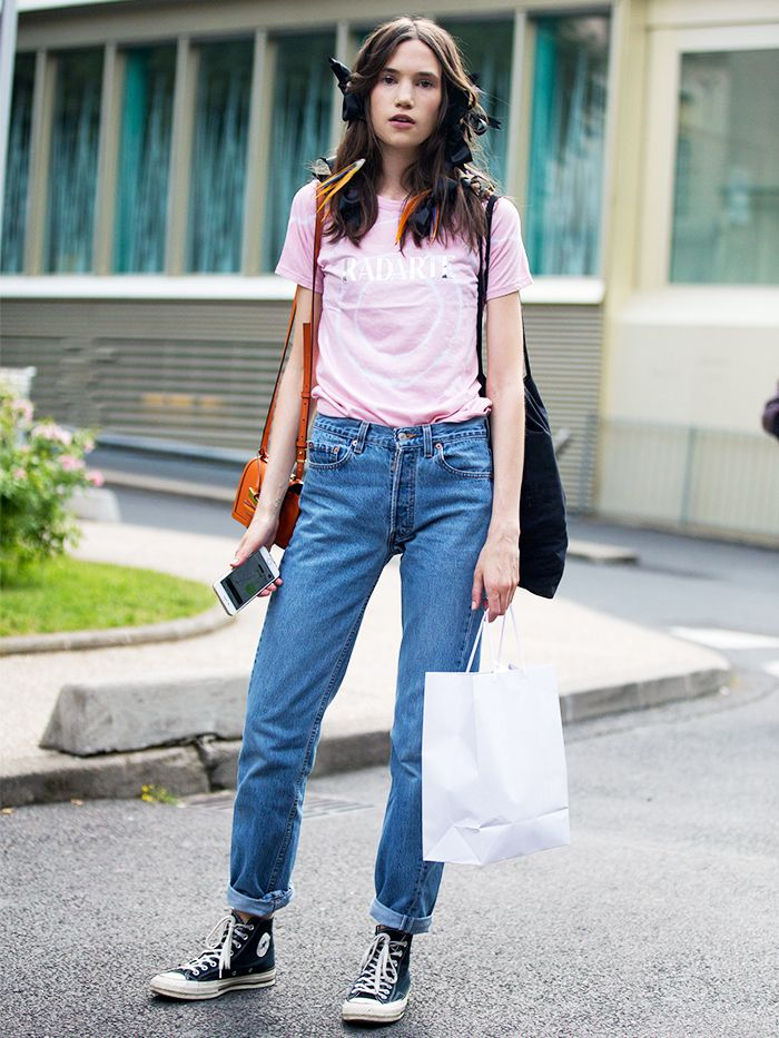12 Jeans and Converse Outfits for Every Style | Who What Wear