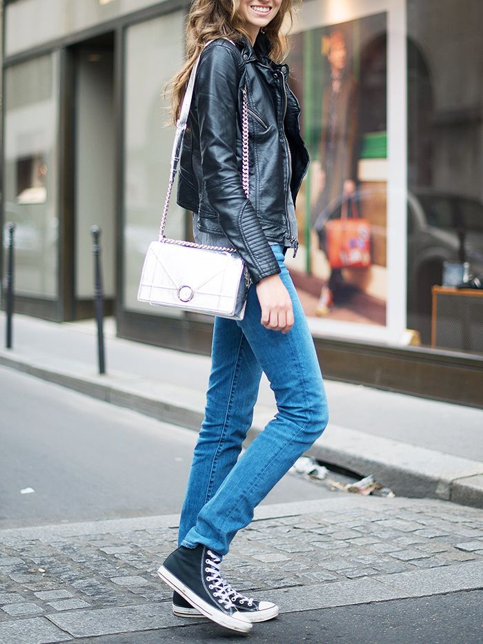 2converse in jeans