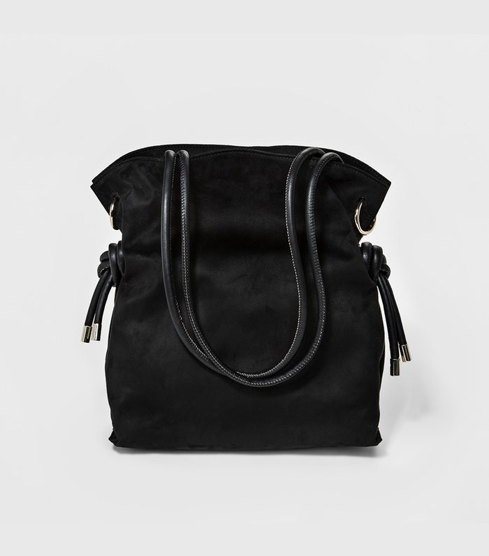 e6b03e8c077c Everyone Will Try the Slouchy Bag Trend Next Year