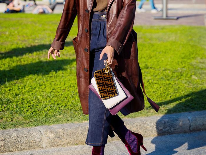 http   www.whowhatwear.com pop-and-suki-camera-bag 1 hourly https ... 1aea5520f7286