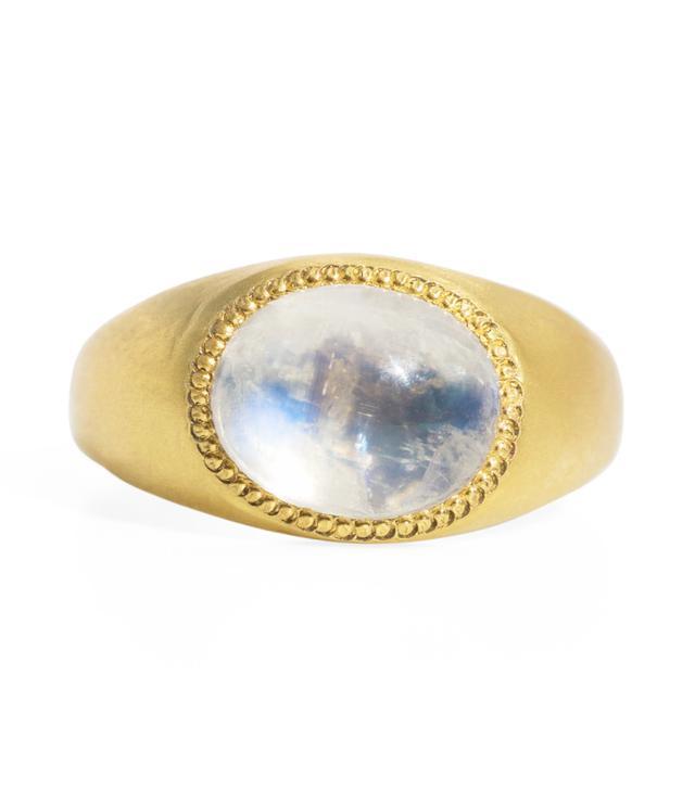 Prounis Moonstone Roz Ring