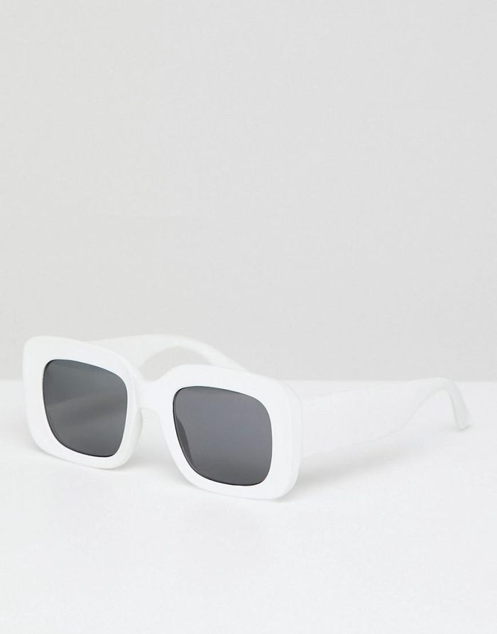 29597f12a582 These Sunglasses Look Amazing on Round Faces
