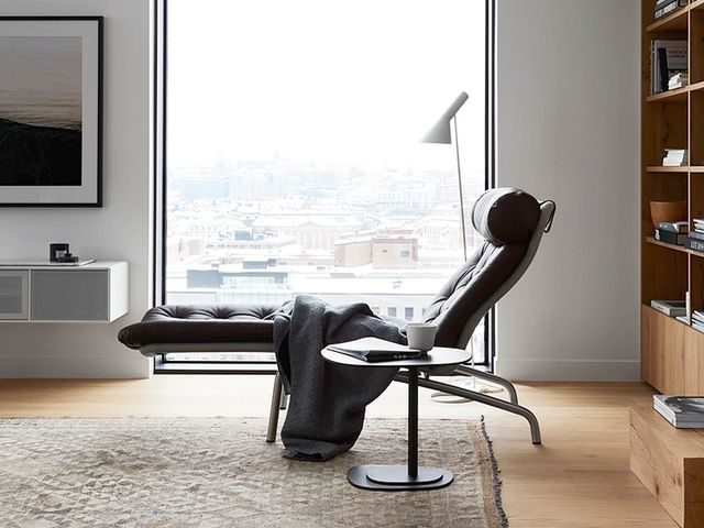 office chaise. Office Chaise R