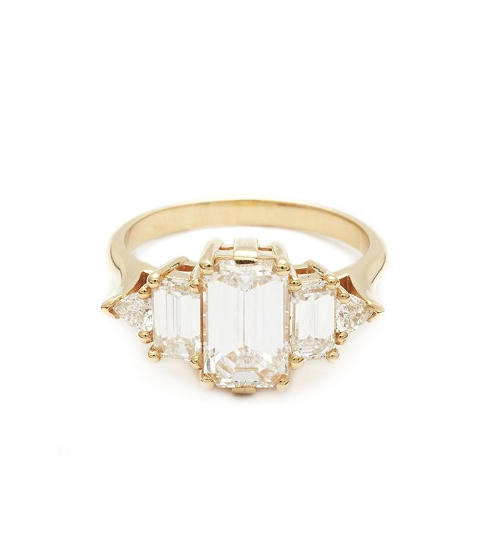 History Of The British Royal Family S Engagement Rings