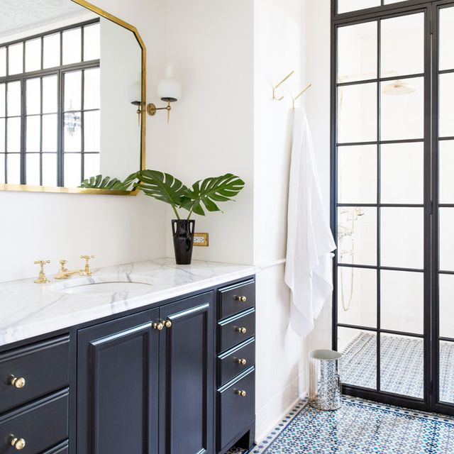 8 Bathroom Remodeling Ideas That Will Make Getting Ready a Breeze