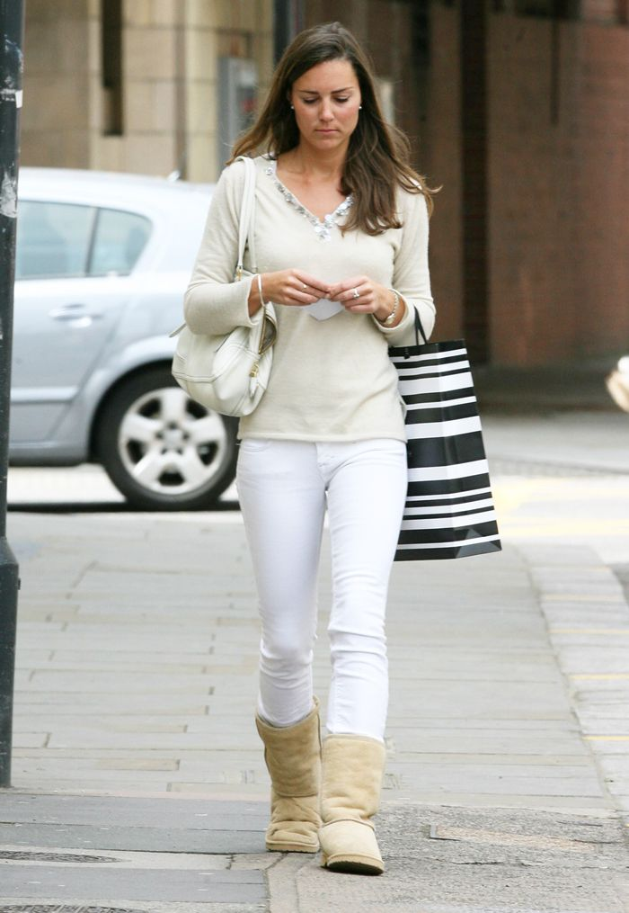 Kate Middleton Wearing Ugg Boots Who What Wear