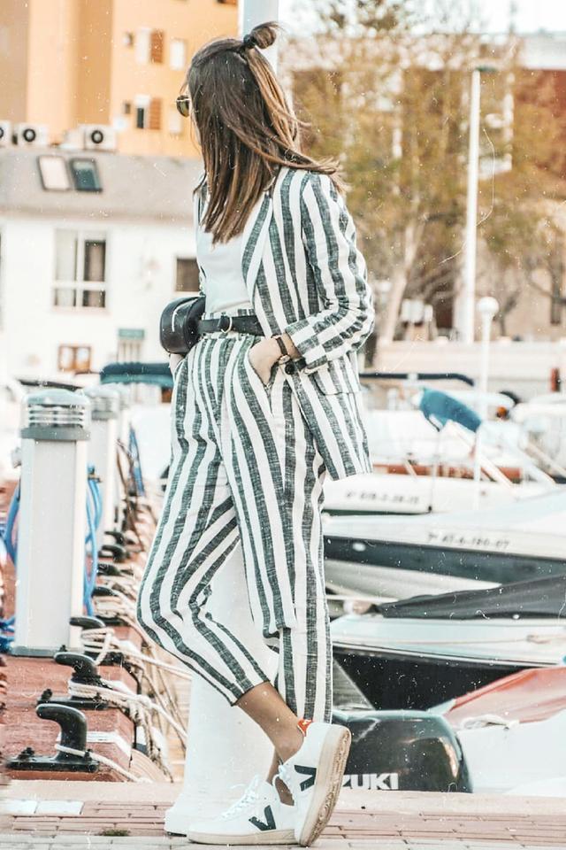 Veja Trainers on fashion blogger Rebeca Santana