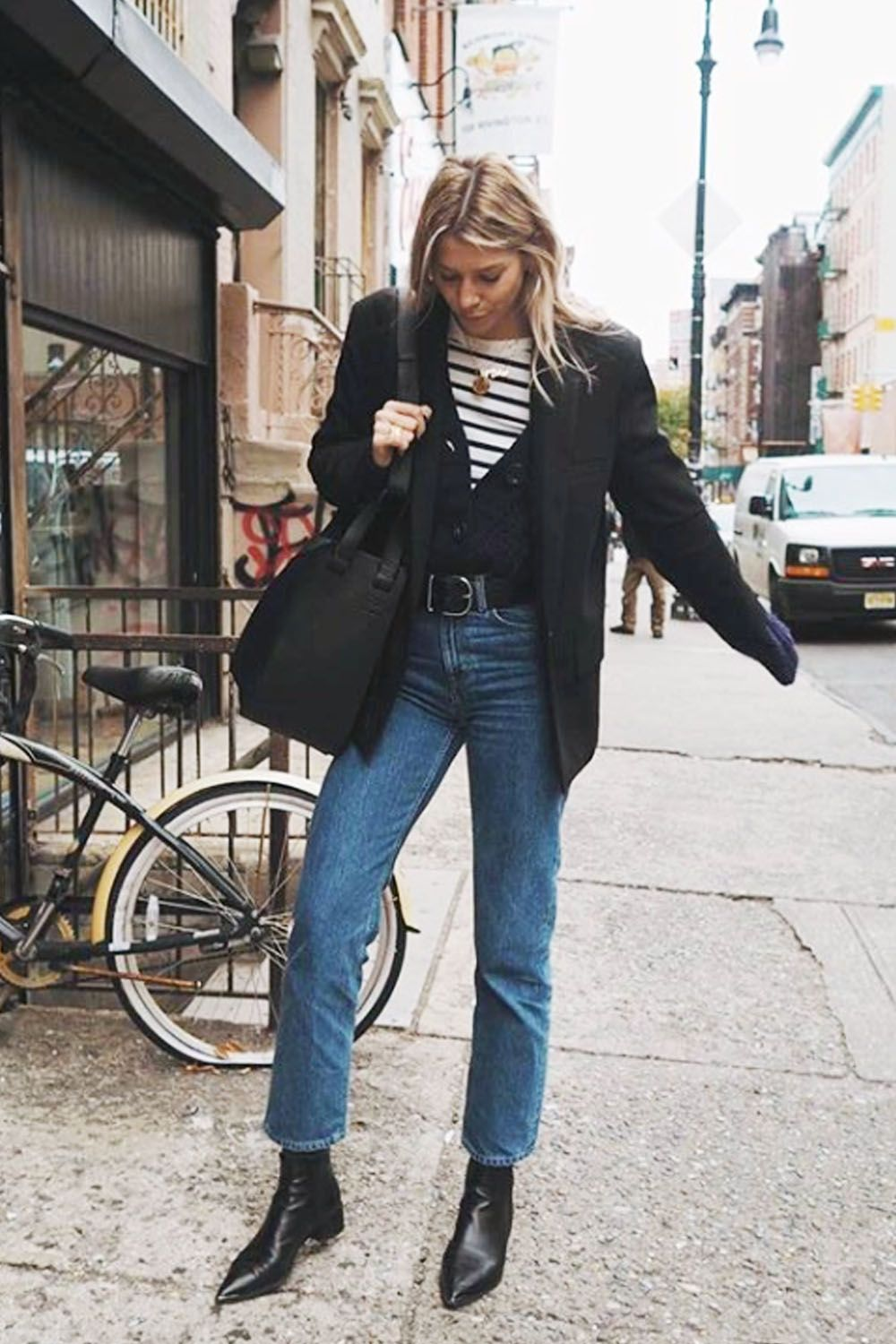 These Jeans Are Set to Be More Popular Than Skinnies in 2019