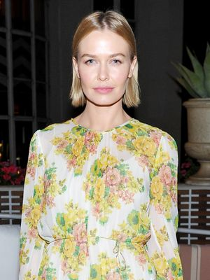 So This Is the 'Vintage' Floral Print We Keep Spotting on Australian Girls
