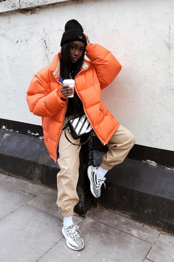 The Streetwear Crowd Can T Quit These Cool Outfits Who
