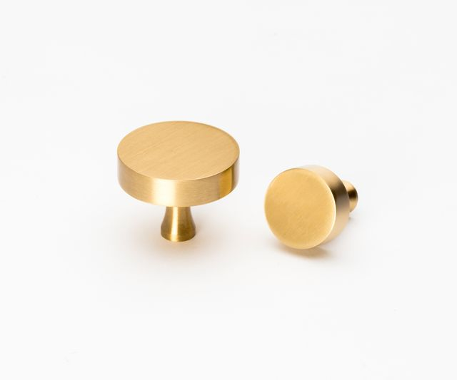 Lo & Co Interiors Round Brass Knob