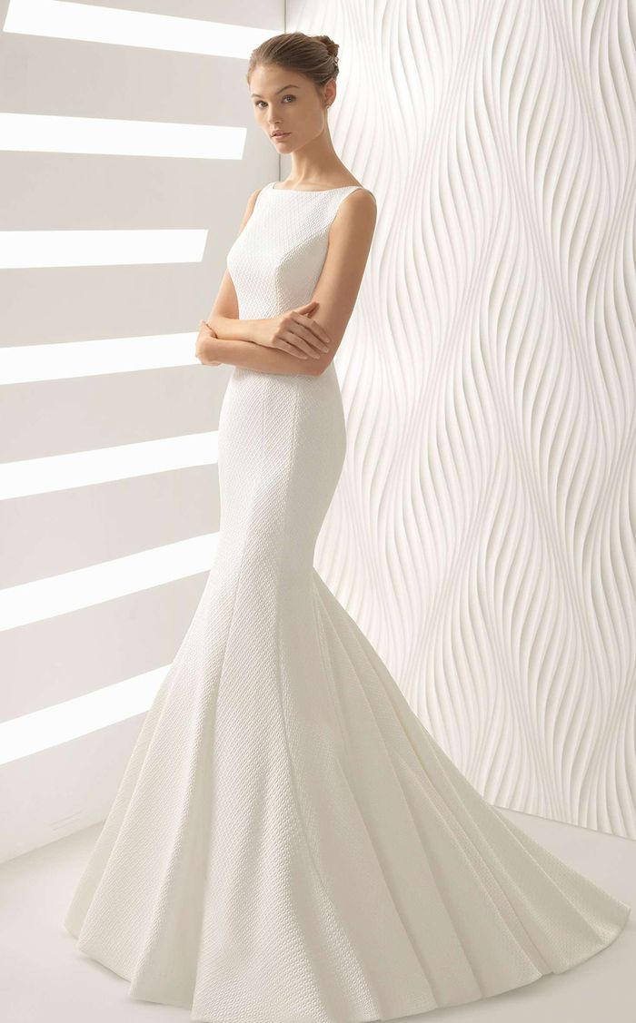 Pay Attention to These Wedding Dress Fabrics | Who What Wear
