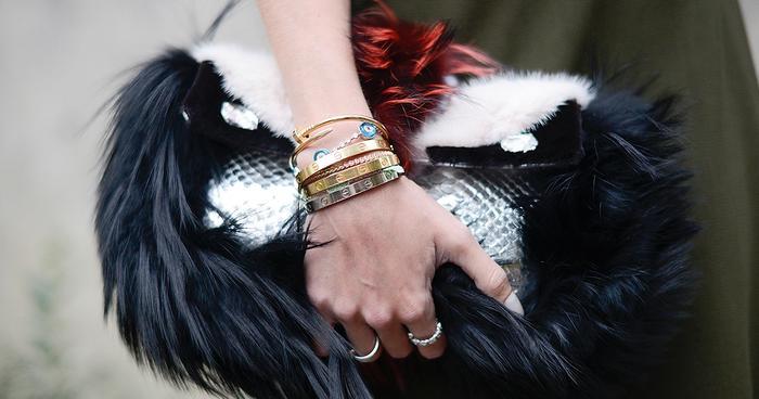 how to wear cartier love bracelet