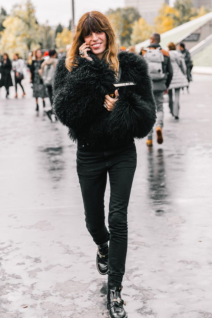 31173b8b11 The 12 Coolest Outfits to Wear With Black Jeans