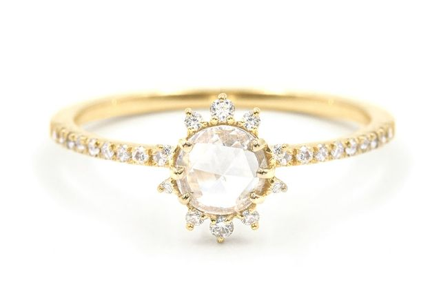 Everette Lyra White Diamond Halo Ring