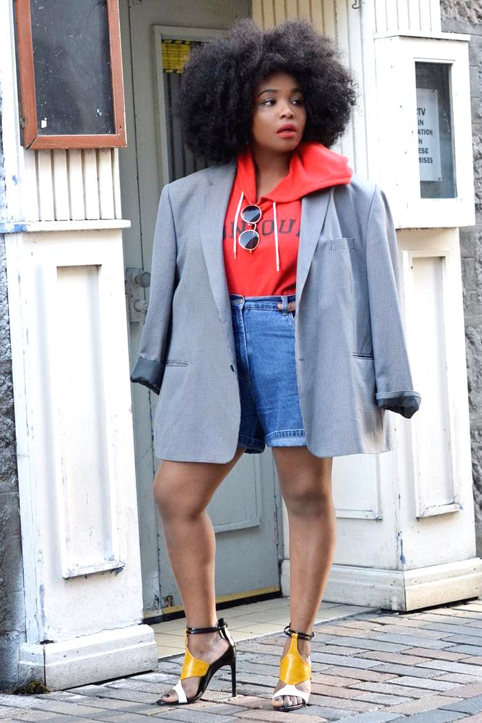 How Women Actually Style Their Blazers in the Winter  68678f185c