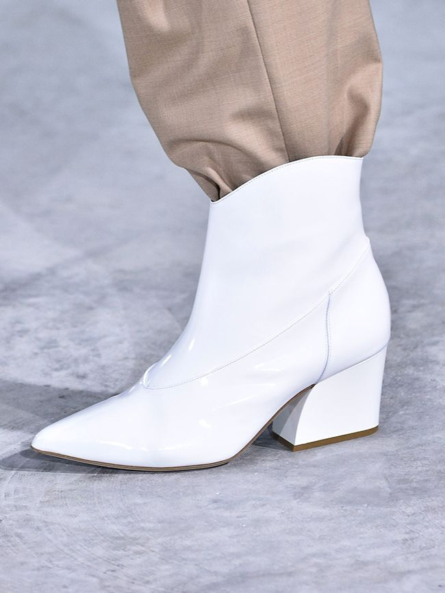 65da77c3e20 Fall Winter 2018 Shoe Trends Glowsly. Shoe Trends For A W 2018 The 6 You  Need To Know Who What Wear