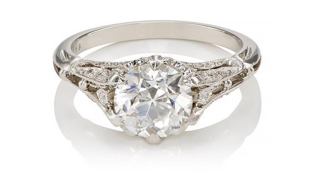 Women's Fountain Ring